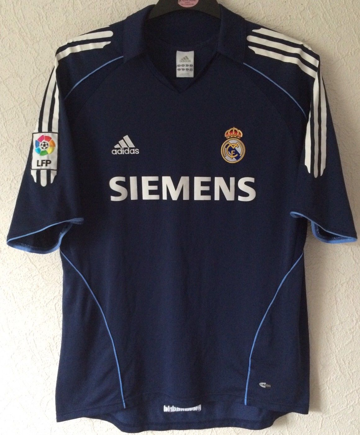a9a75946828 Real Madrid Football Shirt 2005 06 Adults Large Adidas – Historic ...