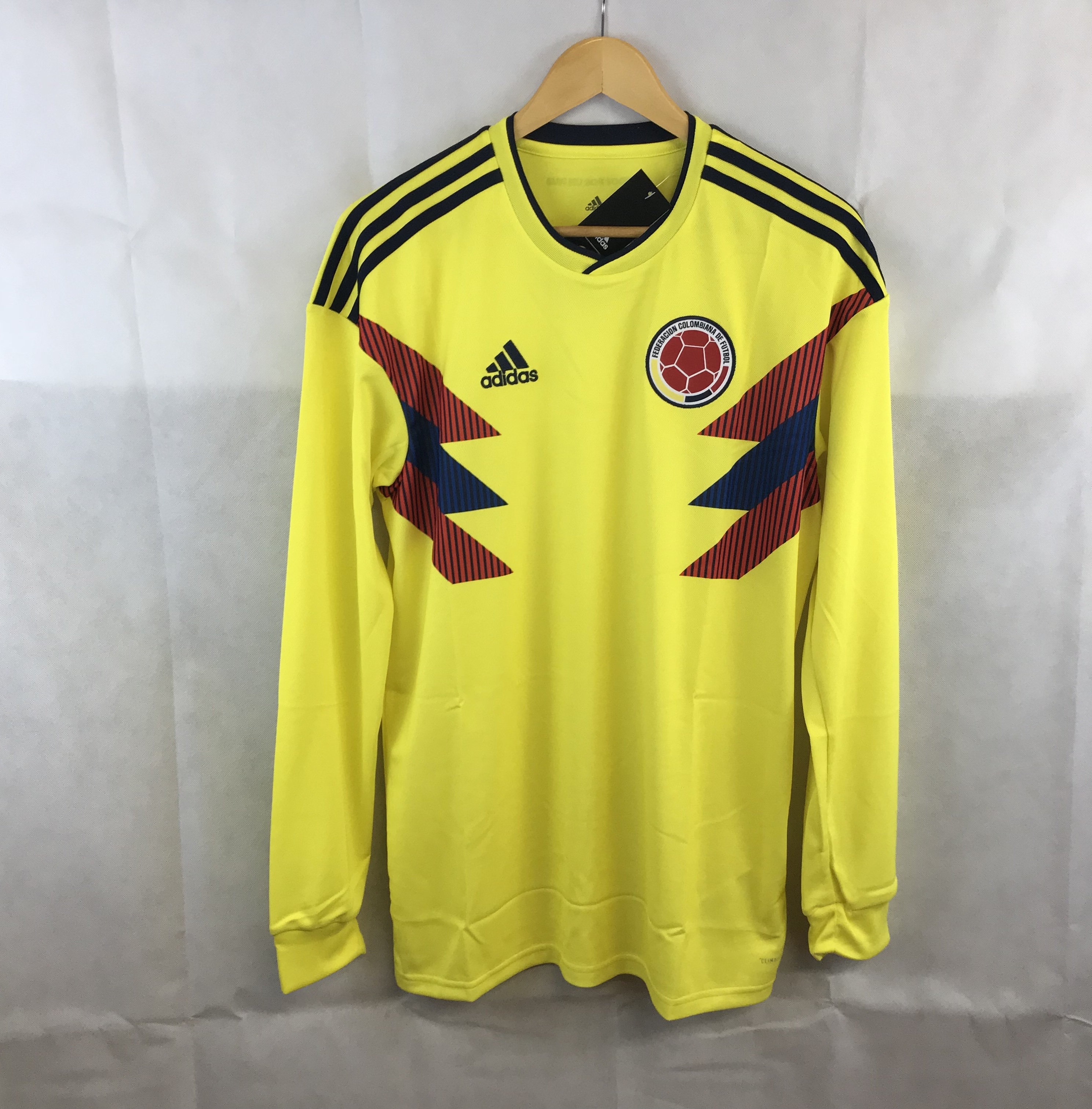 5837340ce Colombia L S Home Football Shirt 2018 19 Adults Large Adidas ...
