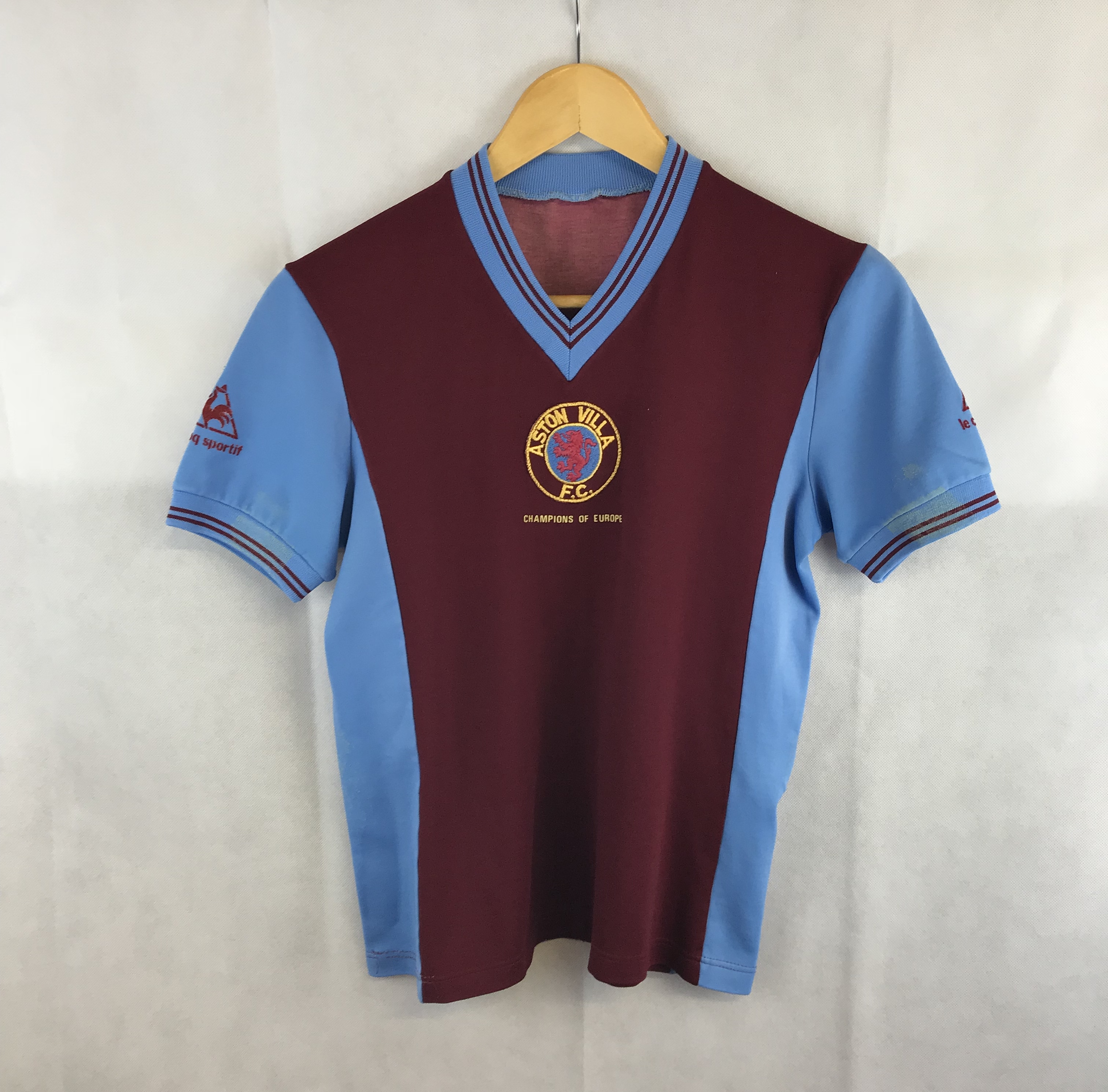 new product e7e6d 63305 Aston Villa Home Football Shirt 1981/82 Adults Small Le Coq Sportif