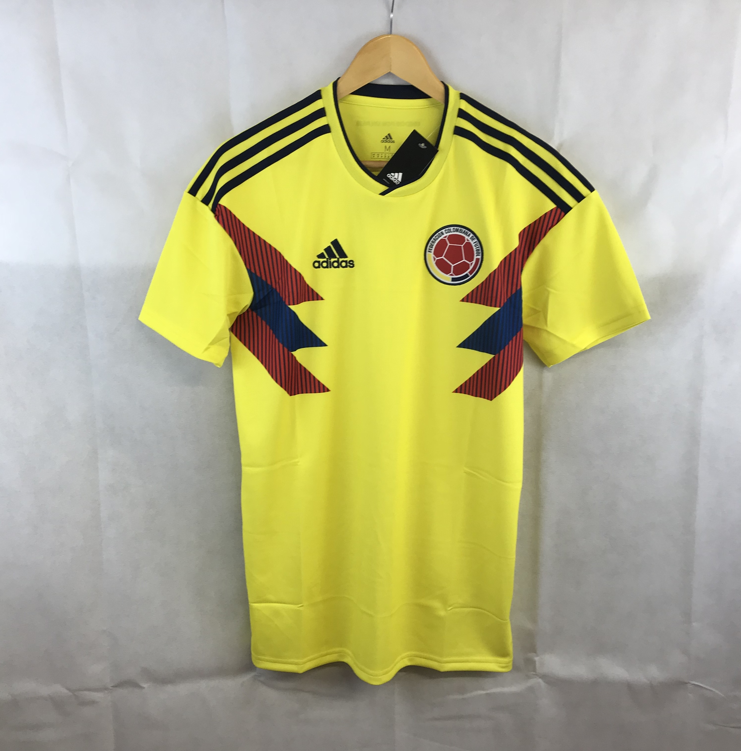 ee89ce1ef Colombia Home Football Shirt 2018 19 Adults Large Adidas – Historic ...