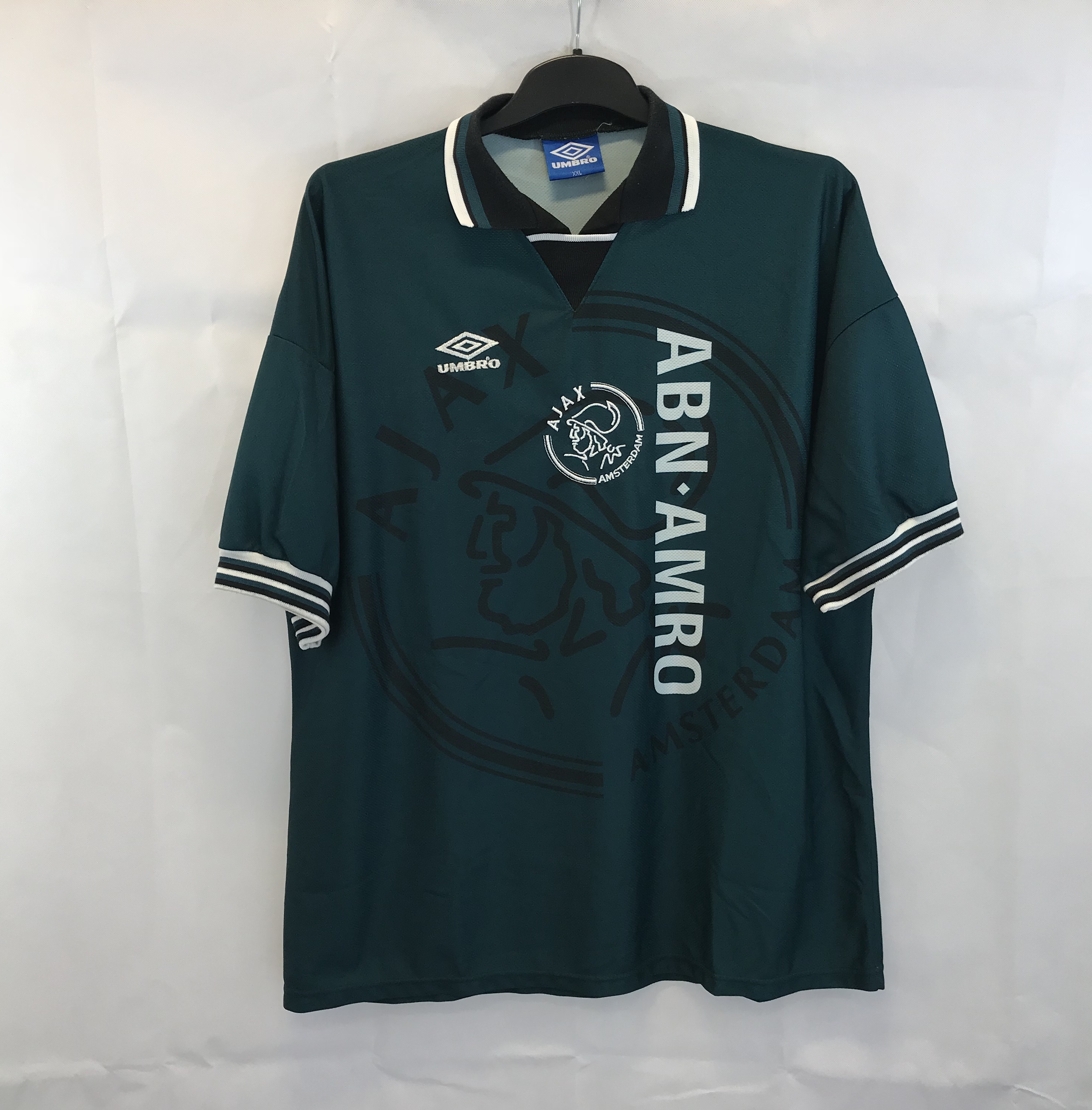 57c5a7e01 Ajax Away Football Shirt 1995/96 Adults XXL Umbro – Historic ...