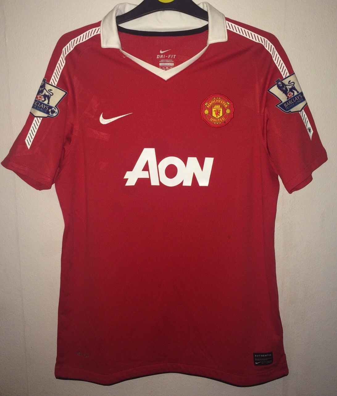 separation shoes 98a21 78c0d Manchester United Football Shirt 2010/11 Adults Medium Nike