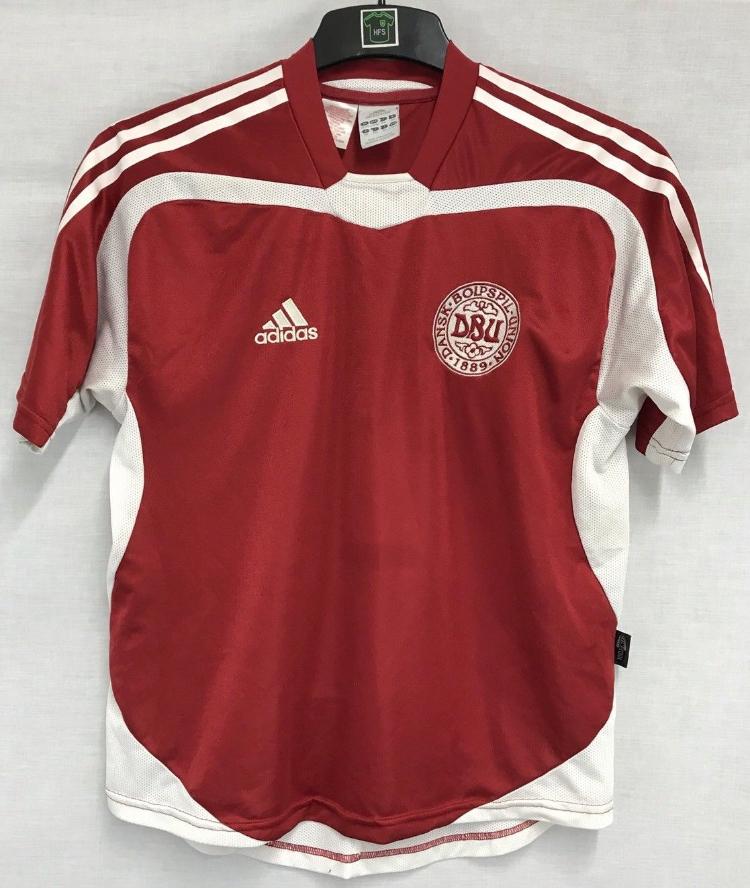40f570b7ee6 Denmark Football Shirt 2004/06 Adults XS Adidas – Historic Football ...