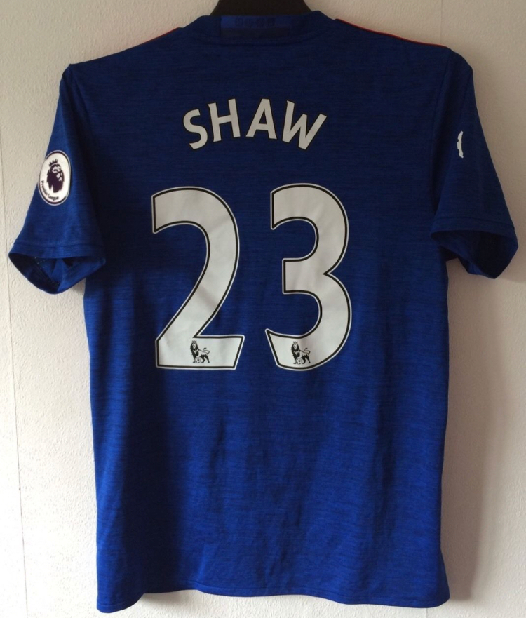 36db0e6f403 Manchester United Luke Shaw 23 Football Shirt 2016 17 Adults Small Adidas.  🔍. instock