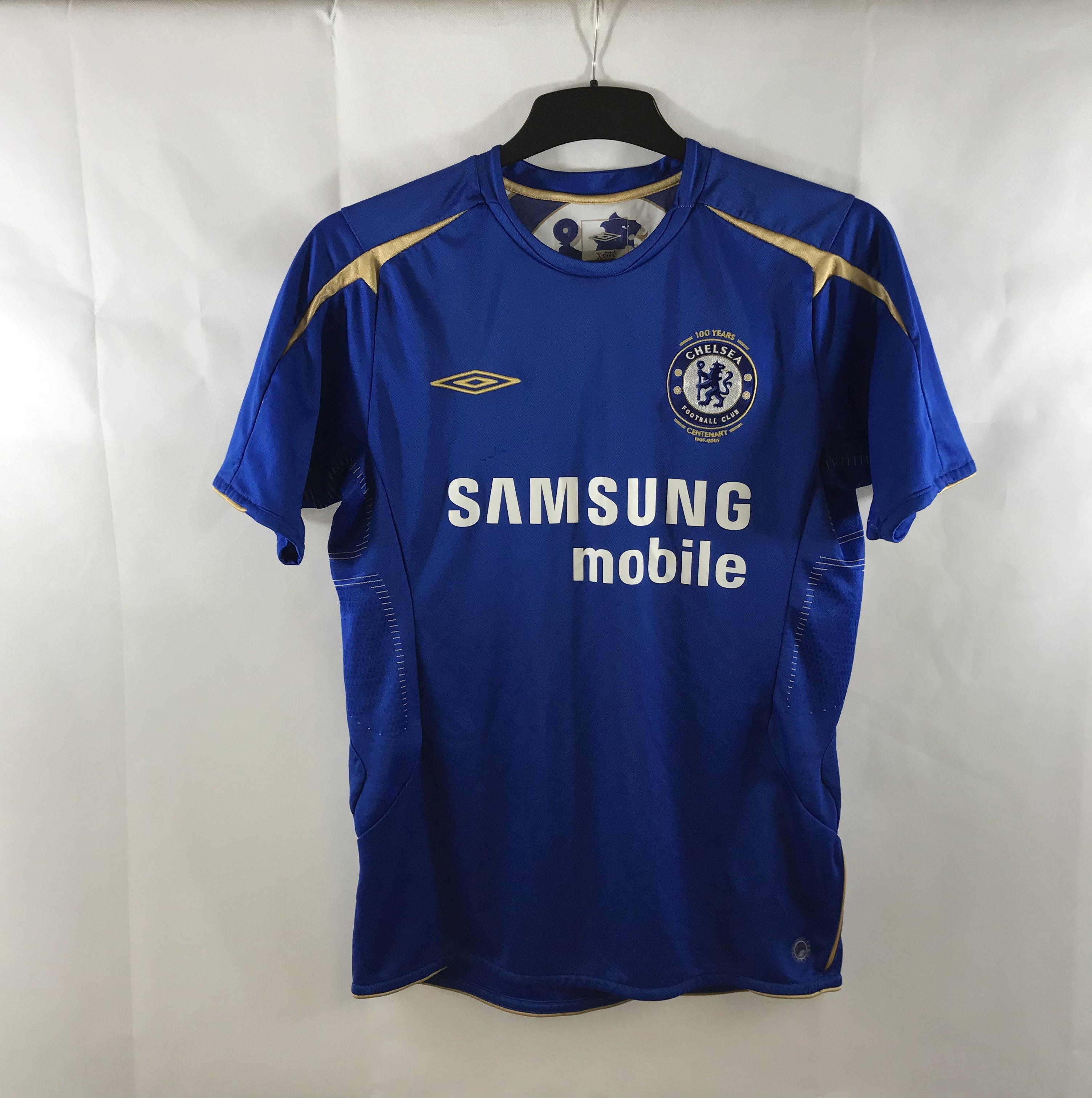 low priced 331bb 5e6cd Chelsea Centenary Home Football Shirt 2005/06 Adults Small Umbro